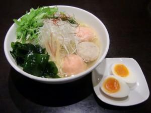 新宿 ラーメン 麺屋海神